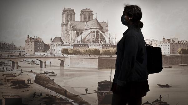 Cripta Notre-Dame se redeschide dupa 18 luni cu expozitia Victor Hugo