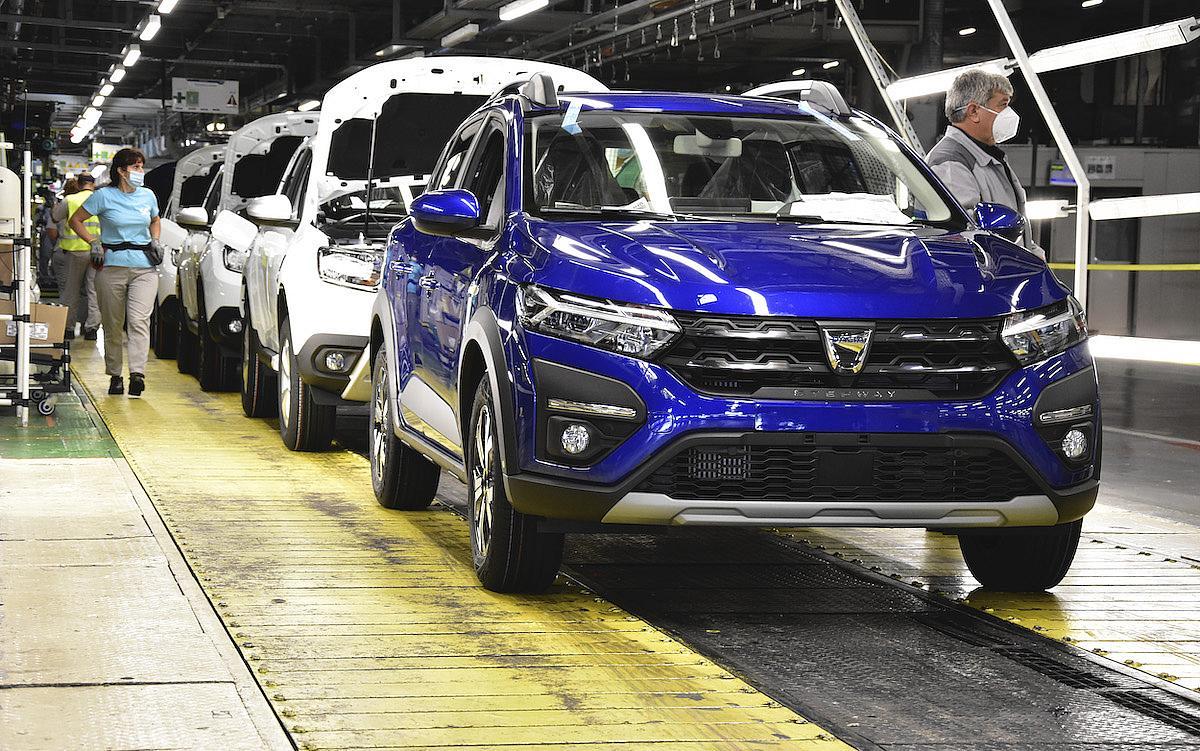 Dacia anunta preturile pentru noua generatie de Logan si Sandero