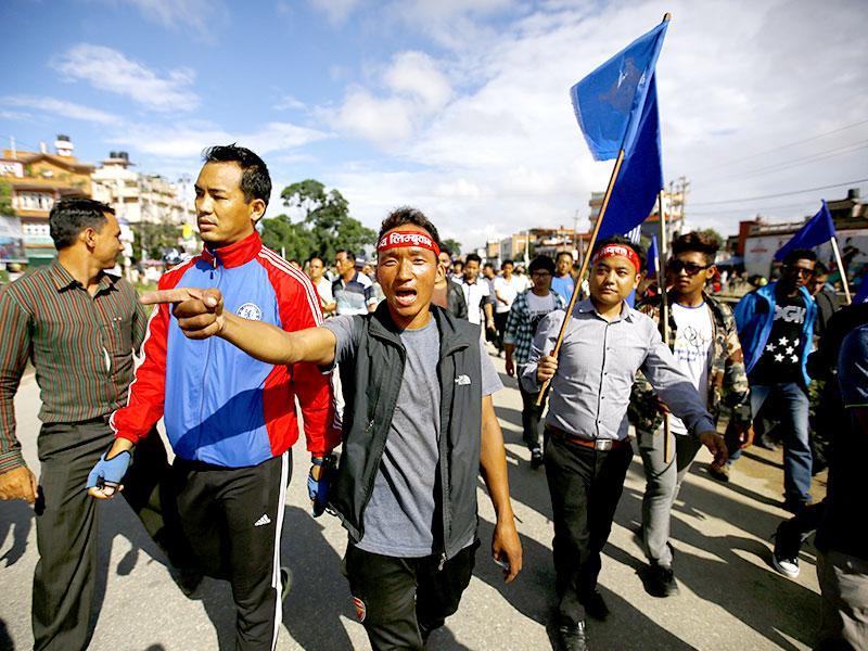 Nepal incearca sa formeze un nou guvern pe masura ce criza Covid-19 se adanceste